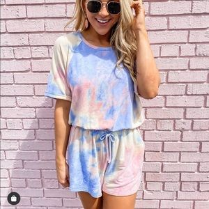 Pink lily tie dye romper brand new with tags